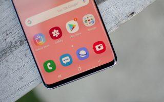 Celular con sistema android mostrando apps