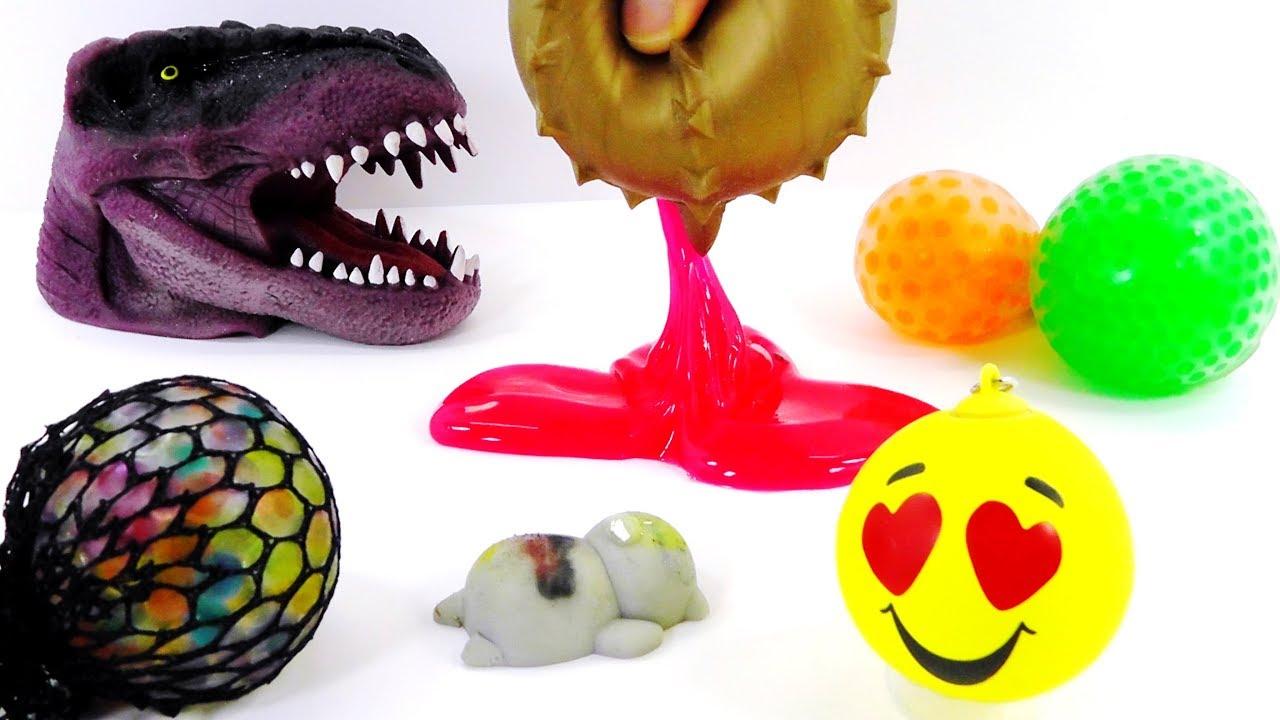 Juguetes antiestrés de diferentes formas, colores y tamaños