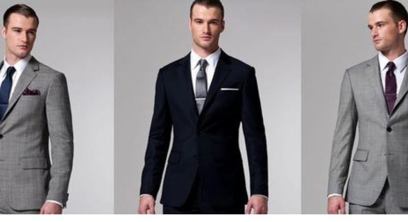 Hombres con traje de vestir.