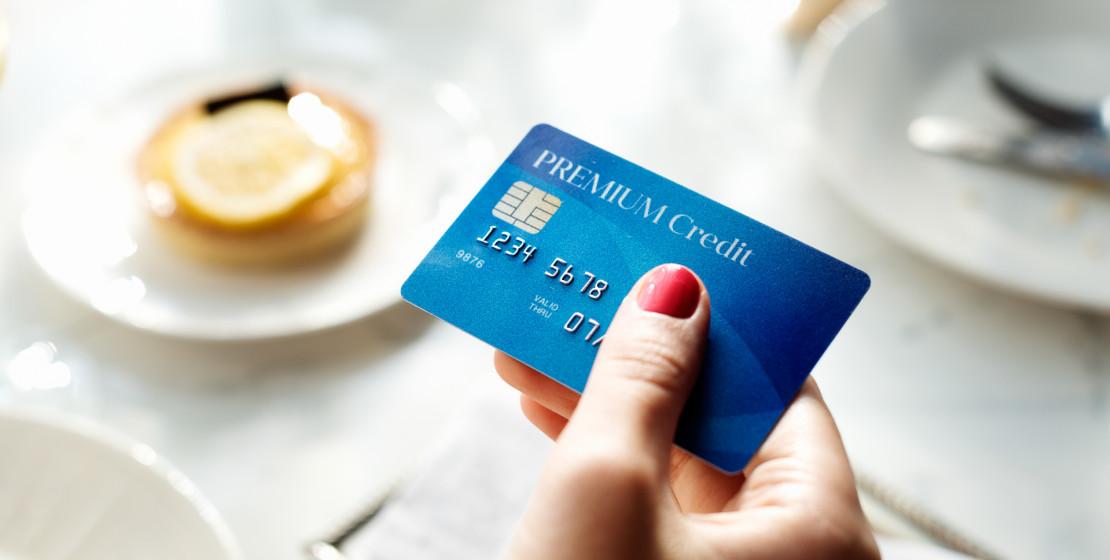 elegir tu primera tarjeta de crédito