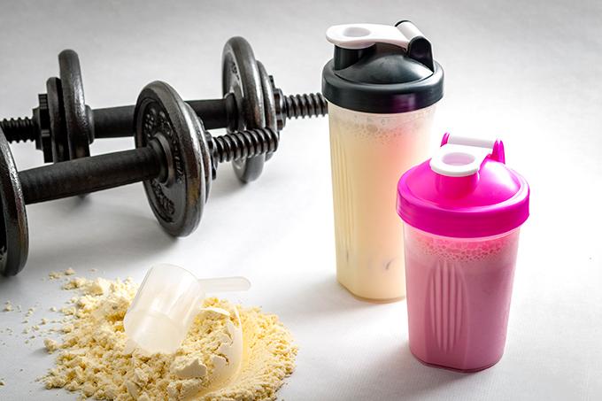 Cómo y cuándo usar suplementos de proteína de suero