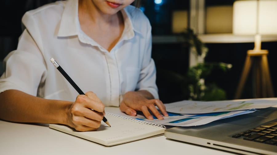 7 beneficios de trabajar y estudiar al mismo tiempo